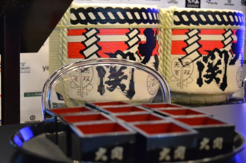 Saké barrels.